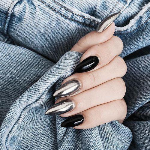 Пример нарощенных ногтей